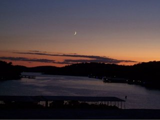 Lake Ozark Waterfront Condo: Summer Dates Available! Sleeps 8