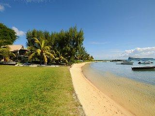 Villa Cap Malheureux beach, 4 p. +1 teenager+1baby