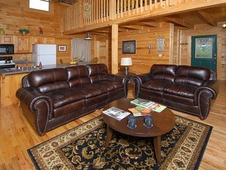 Gatlinburg Heavenly View Cabin. The name says it all.