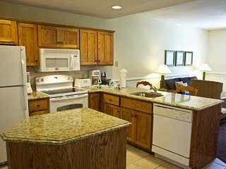 Countryside 3 Bedroom condo w/ access to game room, pools, hot tubs & horseshoes