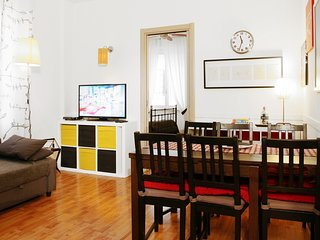 Brancaccio Colosseo, Smart Apartment in City Center with 3 Bedrooms.