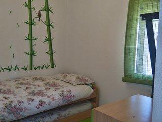 Triana #FERIA # 3 MINUTOS ANDANDO Luminosa y acogedora habitación 2 huéspedes, Sevilla