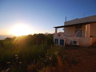Casa Particular al tramonto Lipari Eolie WIFI