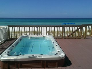 Bella Casa - 5 Bdrm/5 Bath Home Directly on the Beach with Huge Swim Spa!
