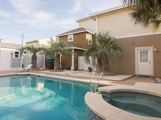 Beautiful 4 Bedroom Beach Home - Pool & Hot Tub!  West End!