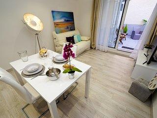 Bel appartement T2 avec Patio à 10mn de la mer et 9Km de la réserve africaine