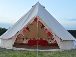 Glamping in rural Kent, Marden