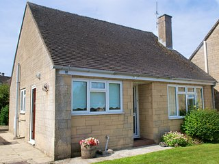 CC077 Bungalow in Stow-on-the-, Stow-on-the-Wold
