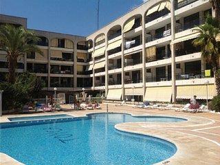 Terraza a la piscina, centro pueblo, cerca playa, Calella