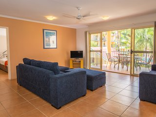 Beach Court, Cannonvale