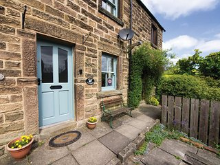 PK654 Cottage in Bakewell