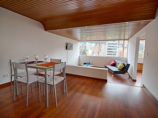 Spacious & Bright Apartment in the heart of Zona T, Bogotá