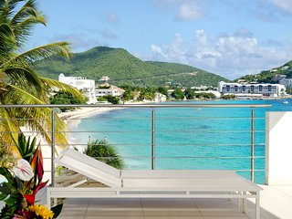 LUXURIOUS 2 BEDROOM CONDO ON SIMPSON BAY, Simpson Bay