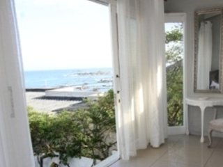 White Waves Beach House Luxury Self Catering Beach Front Home in Blouberg