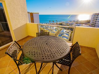 Beautiful 1 Bedroom Condo on the Sea of Cortez at Las Palmas Resort D-703B