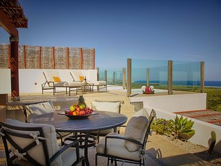 4BR/Two-Story Penthouse w/Private Roof Top Terrace, San Jose del Cabo