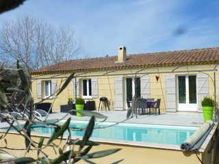 3-bedroom villa with heated pool, Lirac