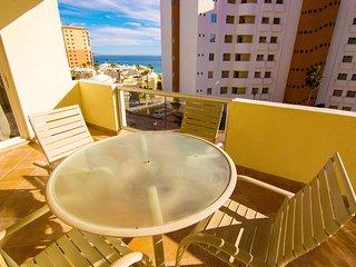 Beautiful 2 Bedroom Condo on the Sea of Cortez at Las Palmas Resort BN-405