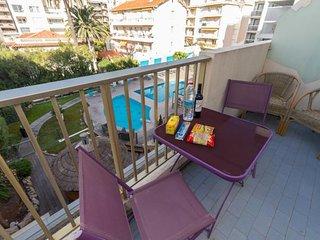 Cannes Maubourg Studio with a Balcony