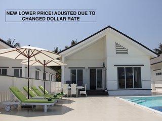 STAY HOTEL Exklusiv strandvilla med privat pool