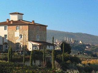 Soarzio appartamento con piscina per 4 vicino San Gimignano
