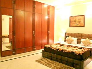 Spacious 02 bedroom apartment in GK-2
