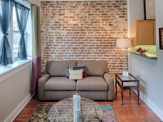 Chic, historic loft w/ updated amenities - one block from the river!