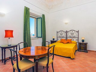 LivingAmalfi Paradiso 3, sea view, wifi, up to 6 people, Atrani