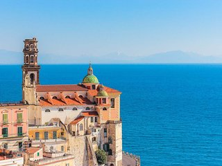 LivingAmalfi Paradiso 5, perfect for young people! Wifi, sea view, up to 8 guest, Atrani