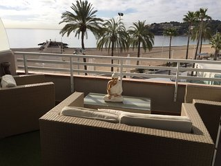 APARTMENT PERFECT  FOR COUPLES FAMILIES AND GROUPS, Magaluf