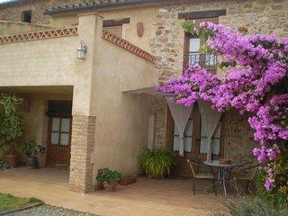 Casa de pueblo con jardin, 4 dormitorios dobles, Les Olives-Garrigoles