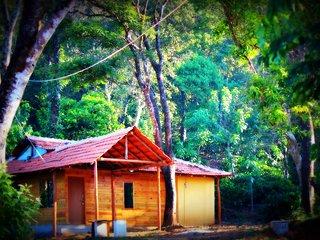 27trees Homestay, Srimangala