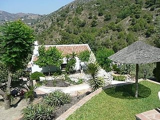 Frigiliana Villa Sleeps 4 with Pool - 5000427