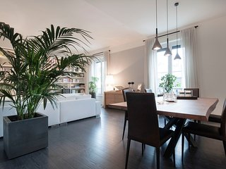 MILANO CHIC EXECUTIVE FLAT