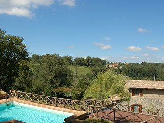 Detached house with private pool at 12 km from Bolsena-Orvieto. Secured pool