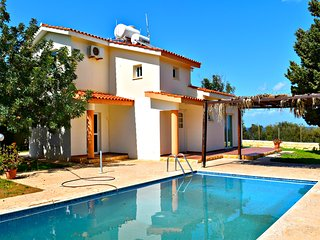 Latchi Villa - Stunning Uninterrupted Sea Views - Tourist Location- Private Pool
