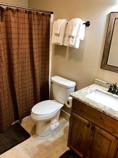 Quilt Suite Bath