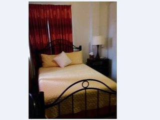 The Rose Mango Suite off the Ave, Woodbrook