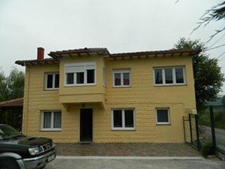 casa en Renedo, casa vacanza a Santa Maria de Cayon