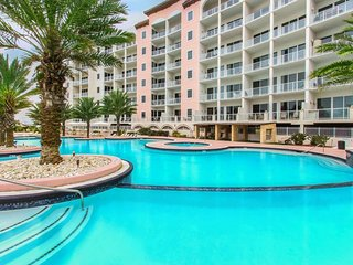 Beachfront condo w/ shared pool, hot tub, and other top resort amenities!, Tiki Island