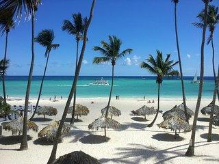 Florisel C102 - Your tropical beach vacation!
