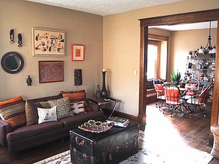 4 Bedroom Beautiful Historic Home close to Downtown & Broad Ripple, Indianápolis