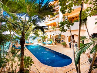 Villa Estrella Mar - Fully Staffed Luxurious Beachfront Property, Puerto Vallarta