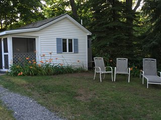 Studio Cottage Convenient to Everything!, Ogunquit