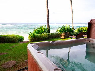 Aloha Beachfront Bliss - w/ hot tub, yard, AC