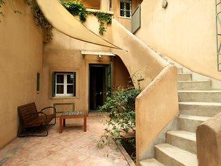 Lhasa Suite / La maison Fabre