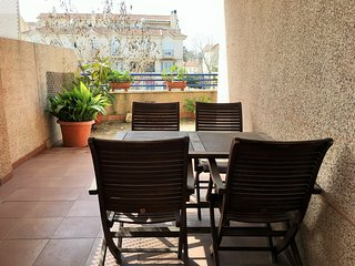 (207) Con piscina y terraza junto al cruce Doñana
