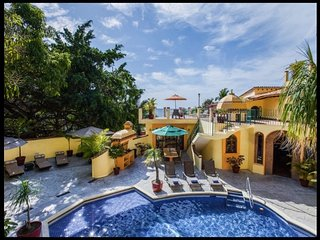 AMAZING OCEAN VIEWS CASA CISNES 4BD, Puerto Vallarta