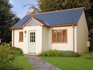 KERNY Bungalow in Tintagel