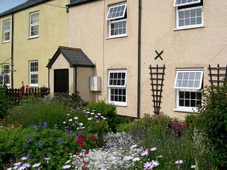 TLIMP Cottage in Watchet